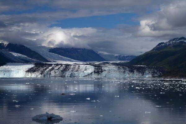 Glacier by lesliea