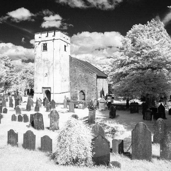 St David\'s, Llanarthne IR by daibev