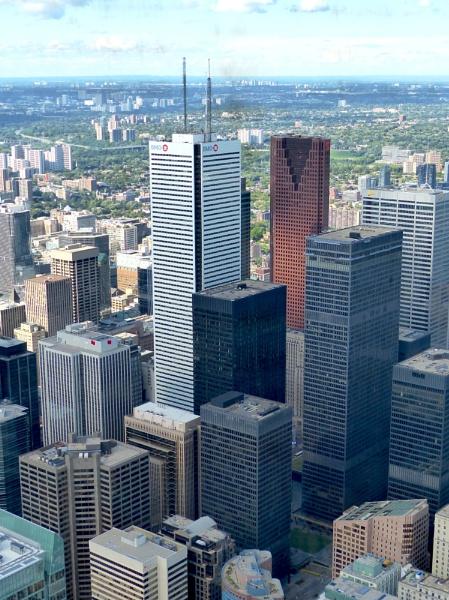 Toronto Skyline by Paulbee