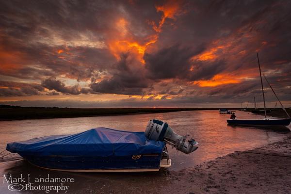 Fiery Sky at Blakeney by mlanda
