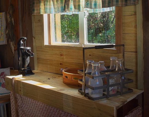 Farmhouse kitchen by jbsaladino