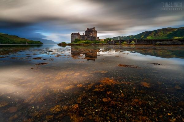 Eilean Donan by J_Tom