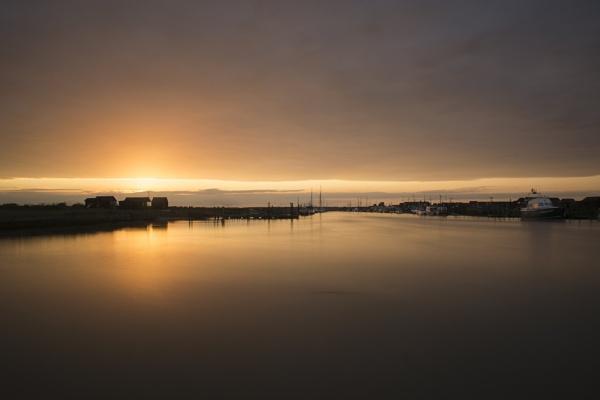 Suffolk Sunset by 213hardy