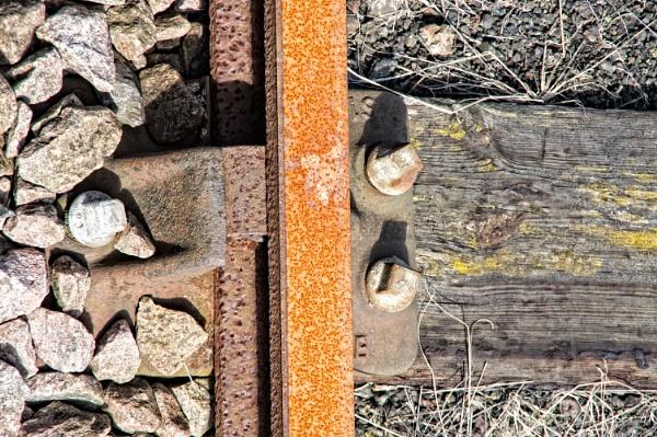 Rusty Rail by Alan_Baseley