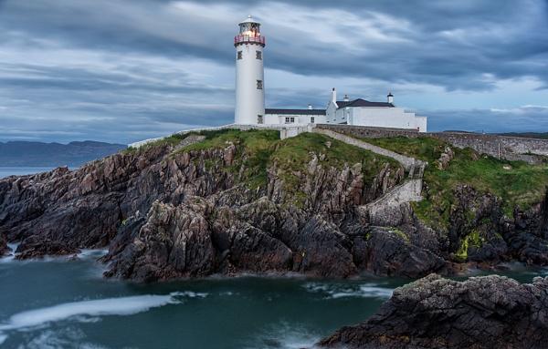 Fanad Lighthouse by mondmagu
