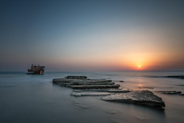 Shipwreck by aeras
