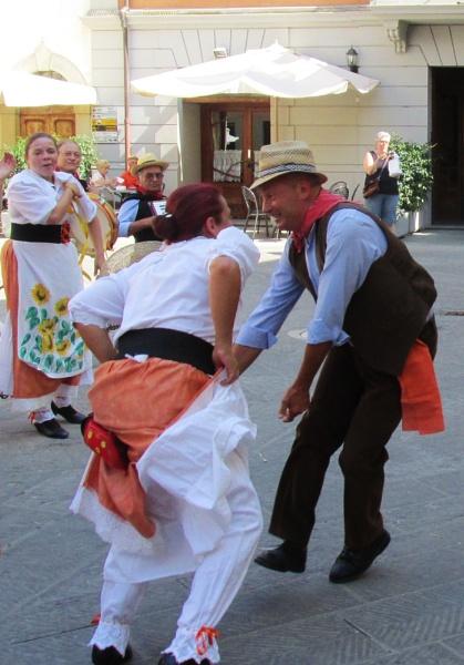 Italian Folk dance by mathed