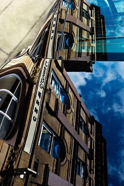 Reflection of Harrogate by bzbee