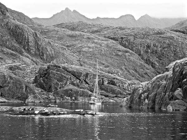 Entering Loch Scavaig by hrsimages