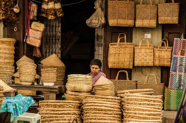 140406-105935-Myanmar-MMR by NathalieM