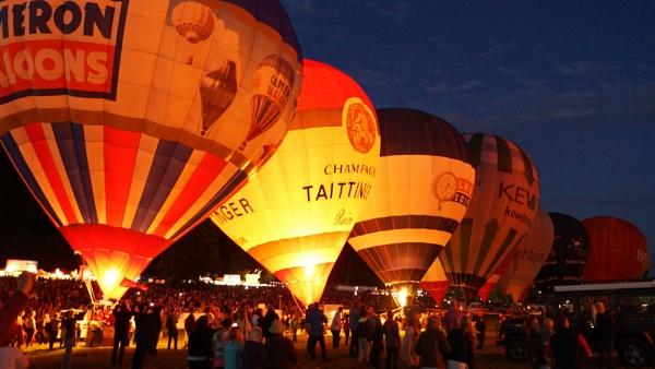 Bristol Balloon Glow by jon_gopsill