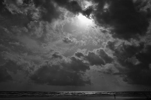 sea beach by tadphaleuday