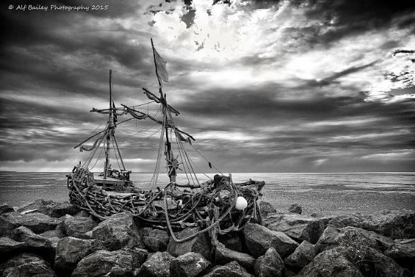 Pirates shipwreck by Alffoto