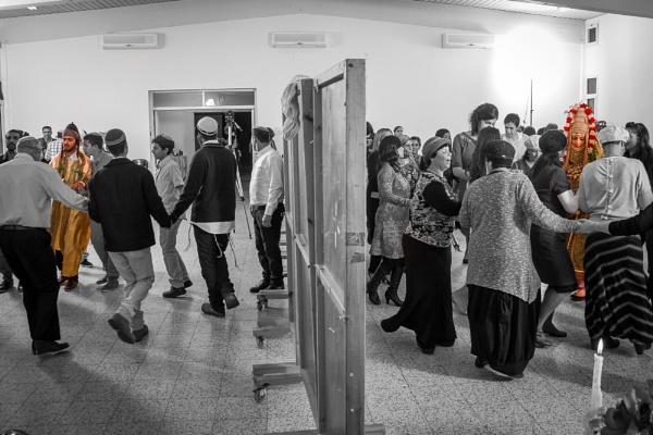 Traditional Yemenite Wedding, Separate dance! by netz