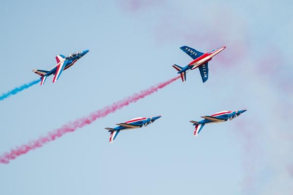 Air show - Patrouille de France by chataignier