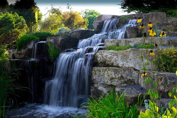 Kew Gardens Waterfall by CRAIGR2