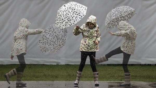 Rain Dance by Dixxipix