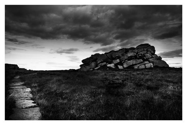 Dark Path by gerainte1