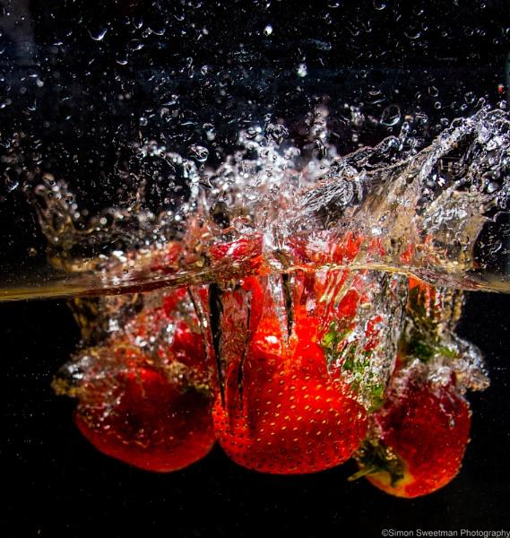 Strawberry Splash by Prince_Bytor