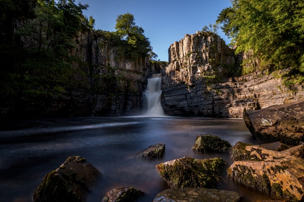 High Force Waterfall by Istretch
