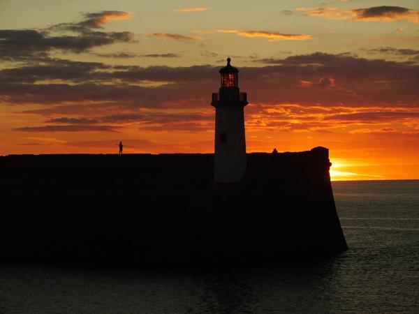 Sun set by ANNDORASBOX