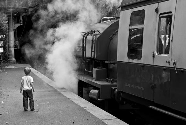 Train Spotting by kgb