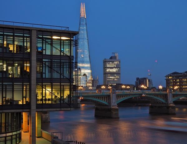 Southwark Bridge by victorburnside