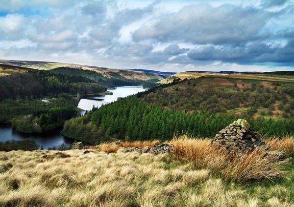 Derwent Reservoir by Niceage
