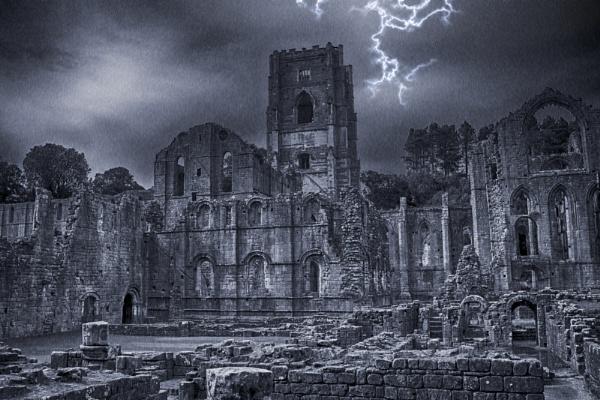 Ghostly Storm by Bravdo