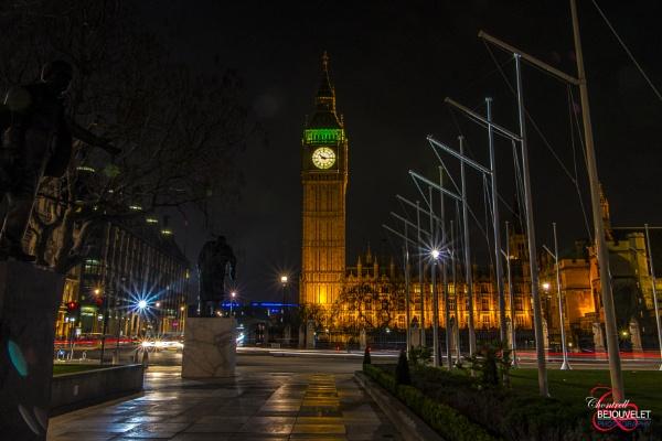 Big Ben at Night by Chontrell