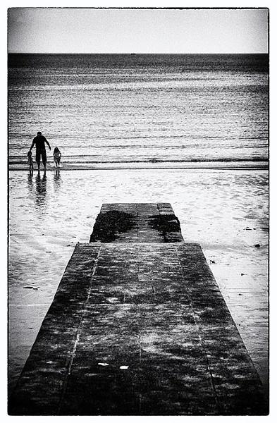 Lyme Regis Groyne by StickyW
