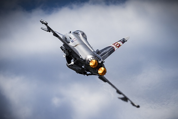 Afterburner glow by CanonMan