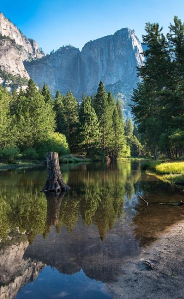 Yosemite Falls by Trevhas