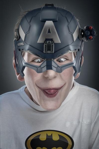 Super Hero XXL by DeLone