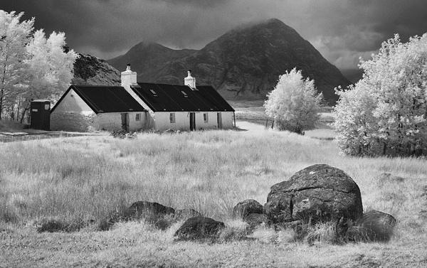 Black Rock Cottage Glencoe by Nothern_Licht