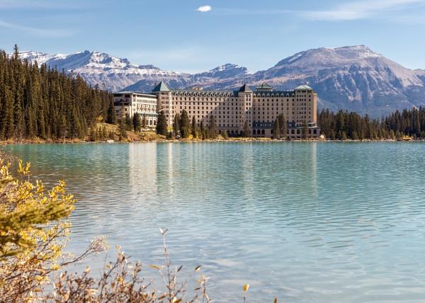 Fairmont Chateau Lake Louise by pdunstan_Greymoon