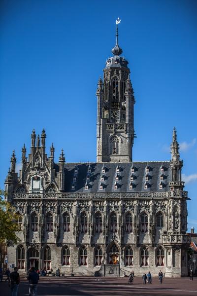 Town hall of Middelburg by kuipje