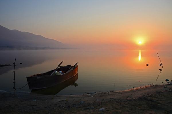 Lake Kerkini sunrise by Photoseeker