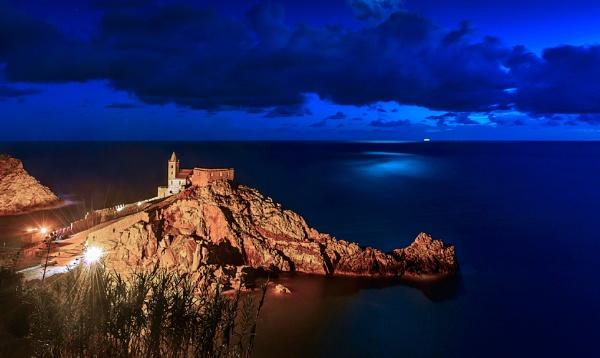 Night Portovenere. by jerryiron