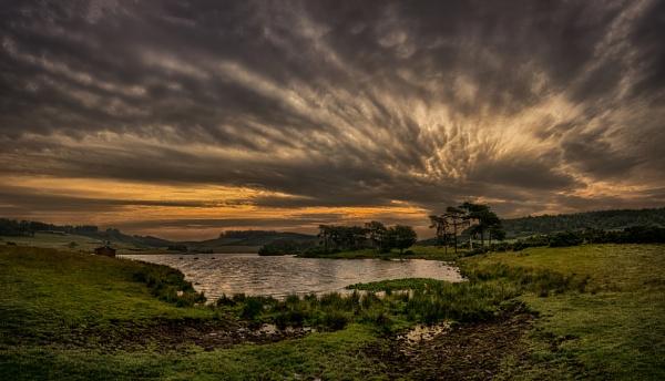Knapps Loch Daybreak by AndyHoarePhotography