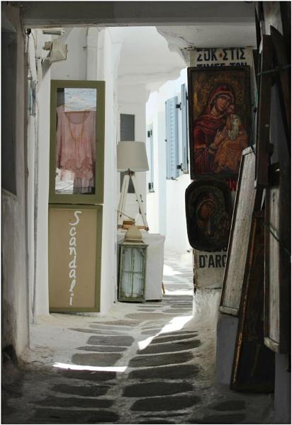 Mykonos Street\'s 6 by lifesnapper
