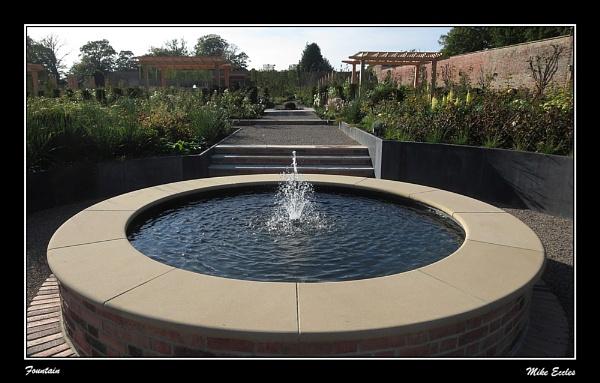 Fountain by oldgreyheron