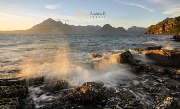 Catching a Splash of Light, Elgol, Isle of Skye by awhyu
