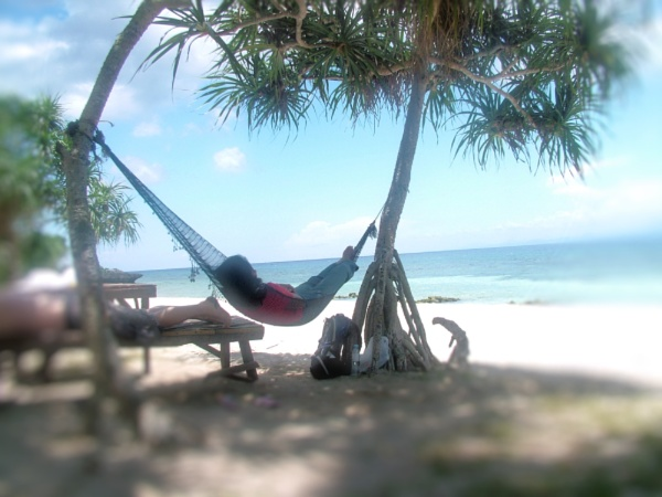 Relaxing On Camotes by Hamlin
