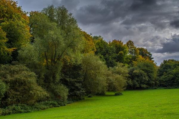 Hubbard\'s Hills by Gillken