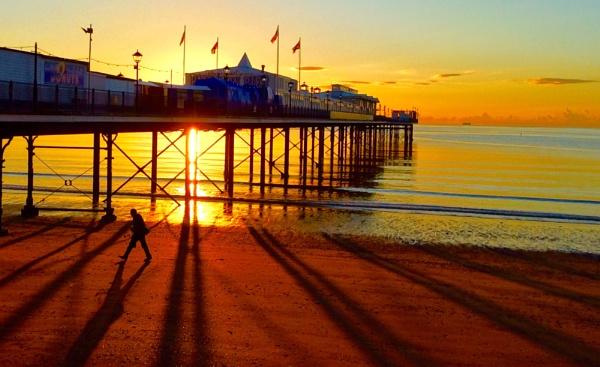 Shadows at sunrise... by steve_eb