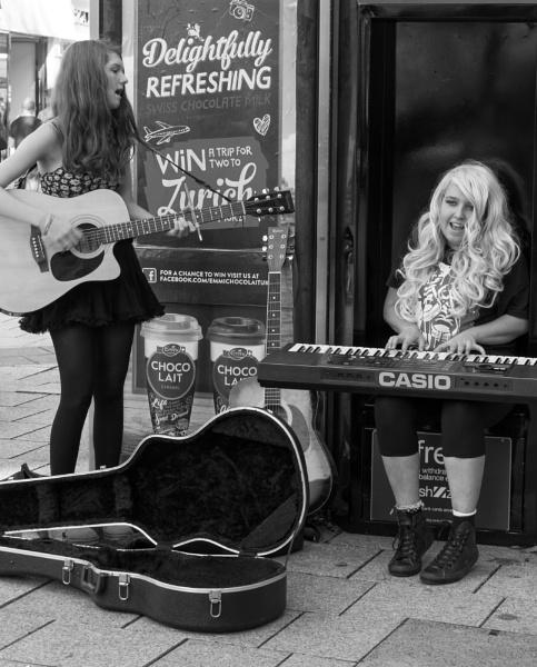 Street music 4-5 by franken