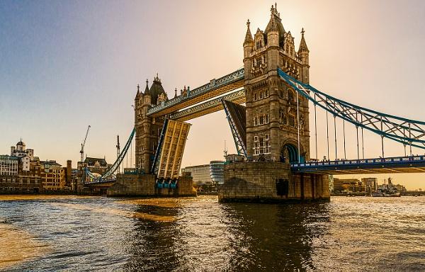 Tower Bridge by titchpics