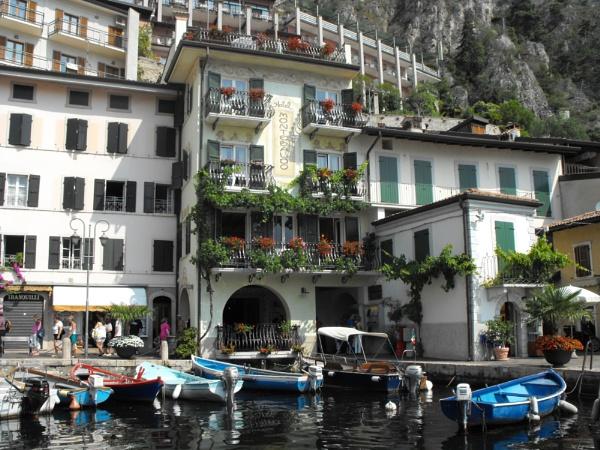 Boats & Balconies