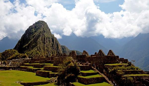 Machu Picchu by alexanderL
